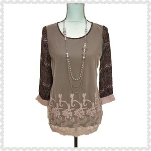 Gimmicks by BKE Tribal Sheer Lace Embroidery Top S